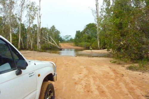 AA - Road to Maningrida